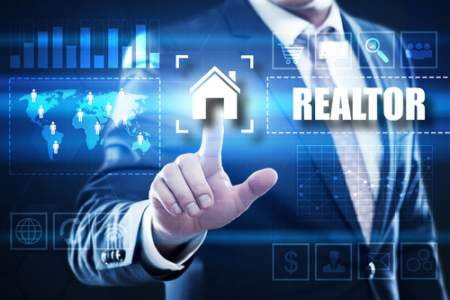 Choosing the Right Real Estate Agent to Sell Your House