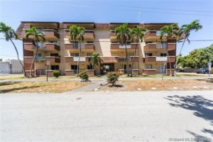 680 Miller Dr #304W, Miami Springs, FL 33166 – For Rent photo
